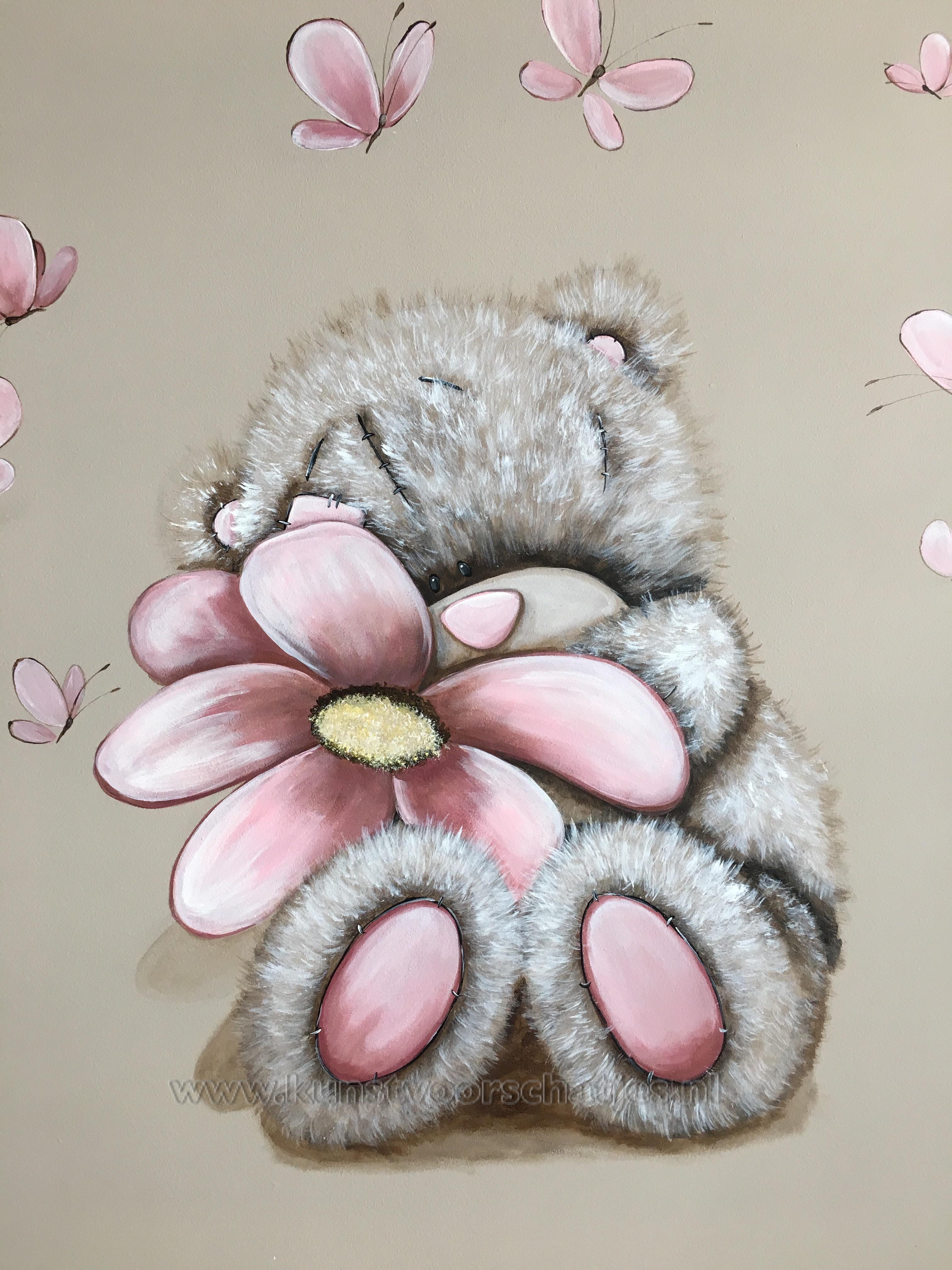 Me to you met bloem closeup