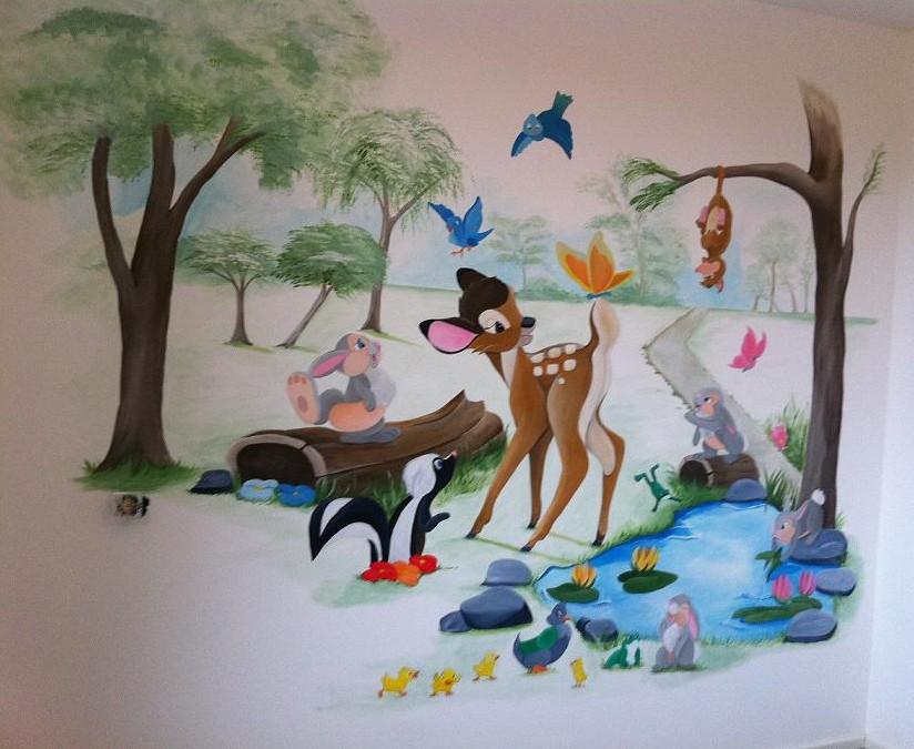 Bambi bij vijvertje