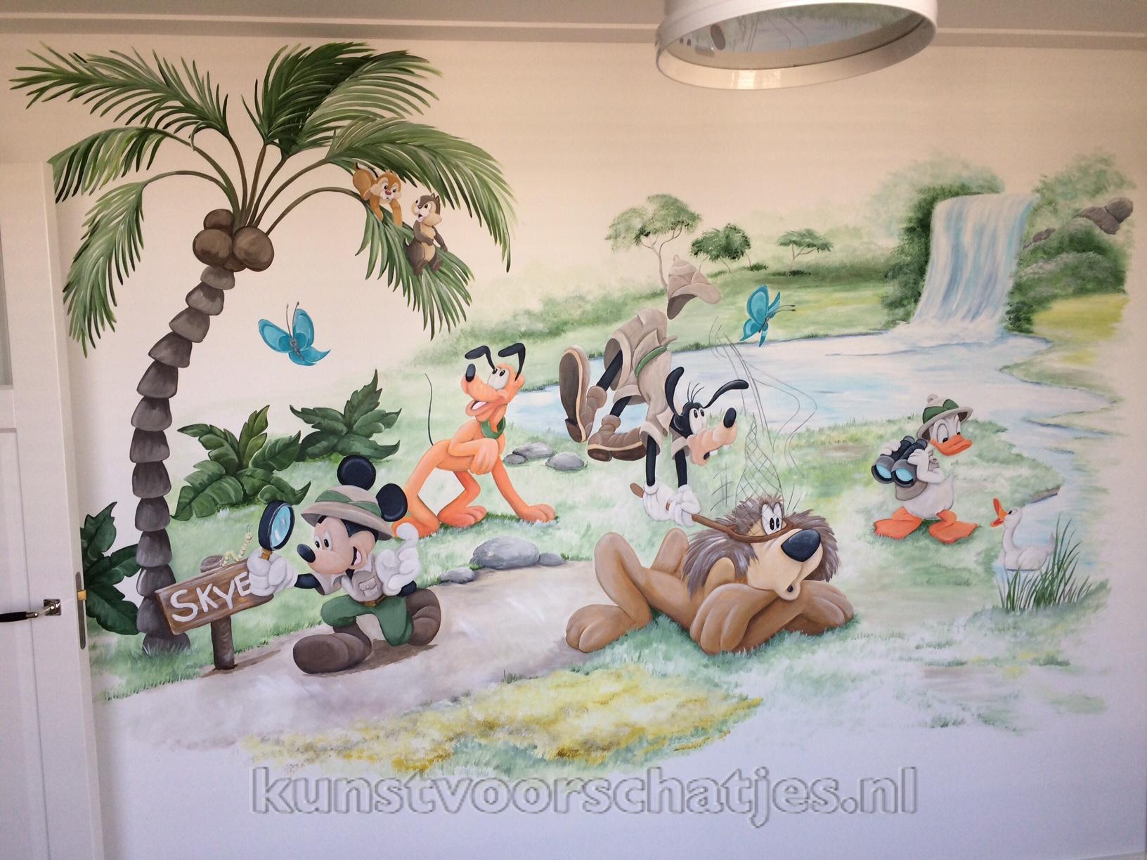 Disney jungle Mickey and friends