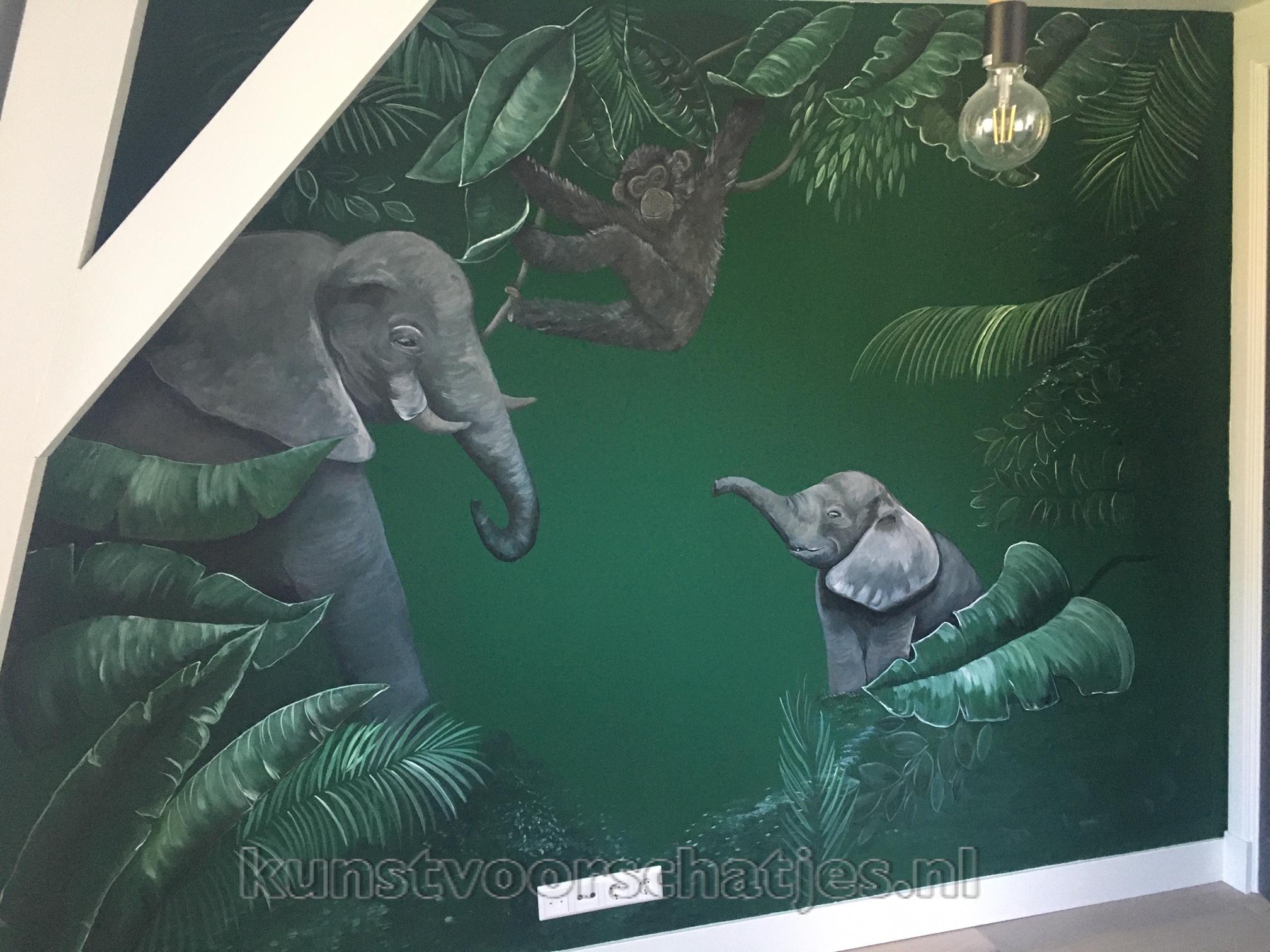 Jungle muurschildering in groentinten