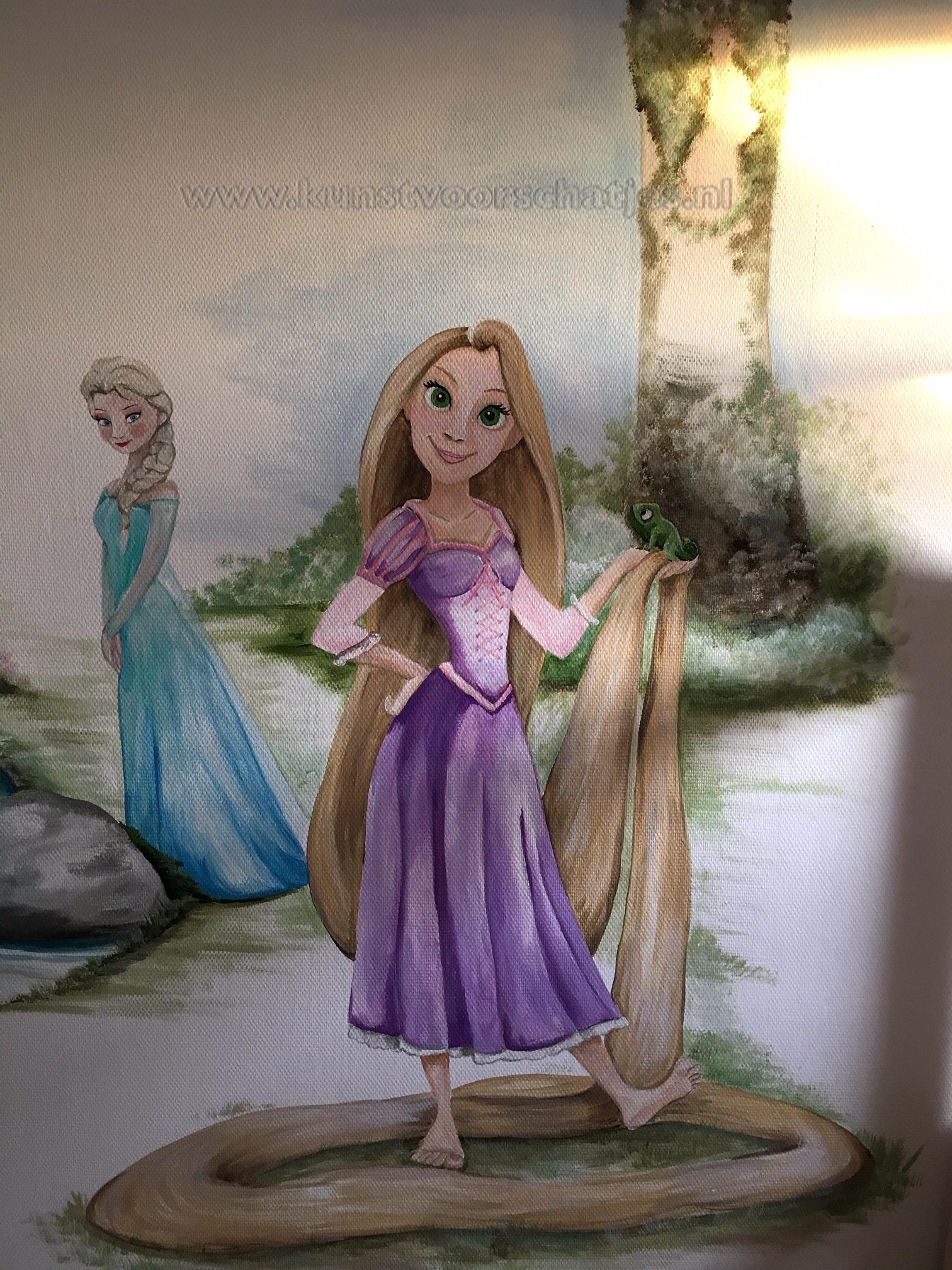 Rapunzel met Elsa